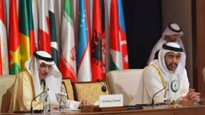 Kuwait govt urges continued adherence of precautions