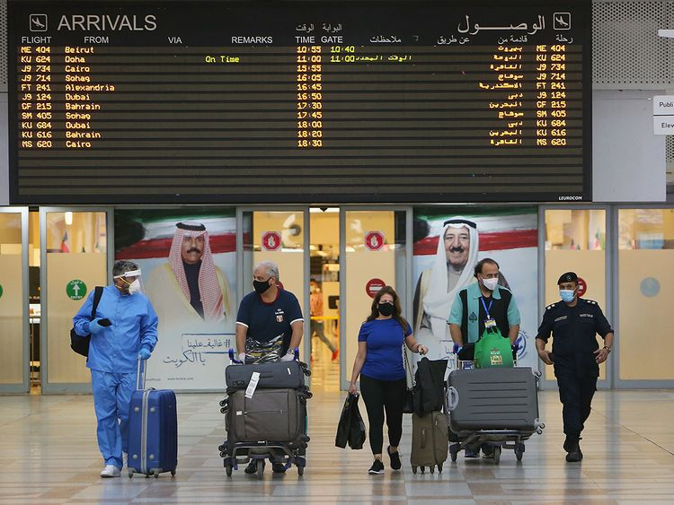 More than 197,000 people left Kuwait in last 3 months