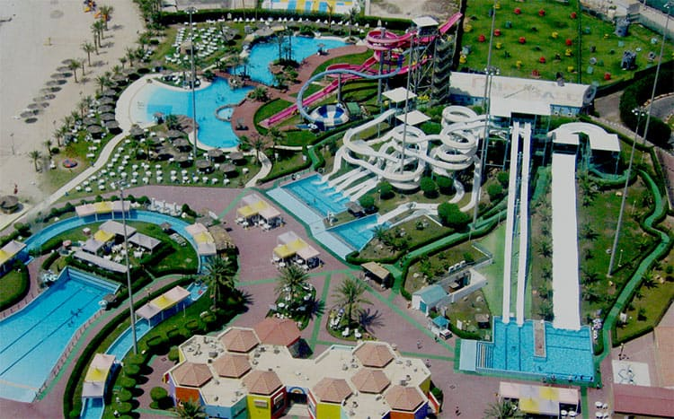 attractions in aqua park